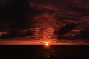 012-Sonnenuntergang-auf-hoher-See