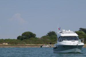 Ankernde Yachten vor der Île Ilur